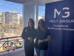 María y Marta, ganadoras del sorteo 8M